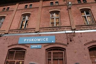 Gmina Pyskowice przejęła stary Dworzec
