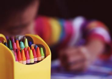 Wakacje na 5 - Dziecięce Warsztaty Letnie z MOKISem