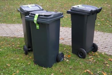 Dezynfekcja pojemników na śmieci