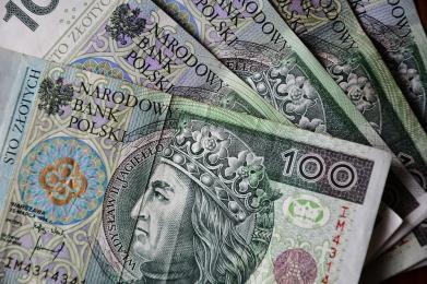 Znaleziono pieniądze w kwocie do 500 złotych. Czekają na właściciela
